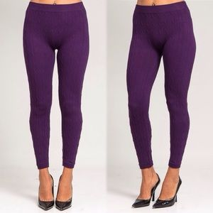 SEAMLESS CABLE LEGGINGS IN PURPLE